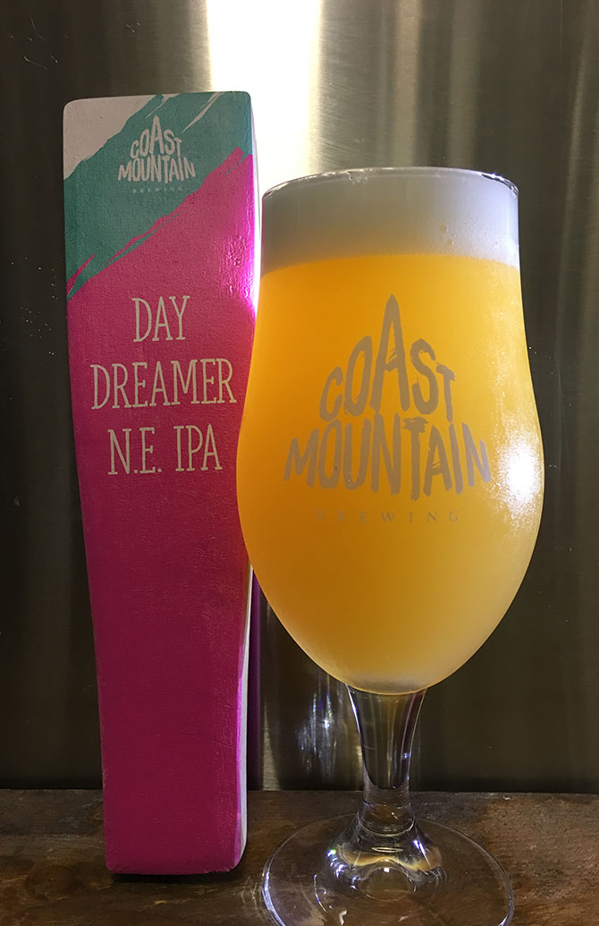 Coast Mountain Day Dreamer NE IPA
