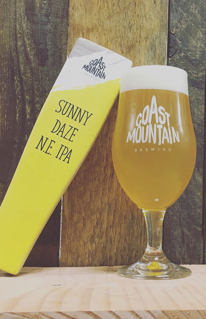 Coast Mountain Sunny Daze NE IPA